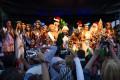 """Decenas de artesanos, emprendedores, productores y artistas locales participaron del Primer Paseo """"Compre Navideño"""", en el polideportivo municipal de Escobar. Otra propuesta que habría llegado para quedarse."""