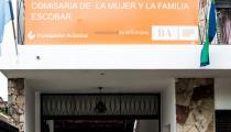 A la Comisaría de la Mujer de Escobar le falta de todo: no tiene patrullero, psicólogos, asistentes sociales, abogados, internet ni teléfono. Pese a tantas limitaciones, ya recibió quinientas denuncias en poco más de un mes.