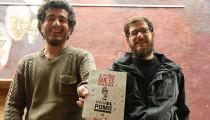 """Flamantes licenciados en Comunicación de la UBA, Axel Mancioli y Federico Jara acaban de editar un libro que recuerda y analiza """"la politización de la cultura"""" en el carnaval de 2011 en Escobar."""